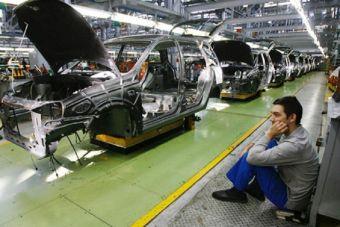 Средняя зарплата на АвтоВАЗе в Тольятти превышает среднюю по области