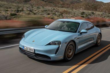 Электрический Taycan начал обходить по продажам традиционные Porsche