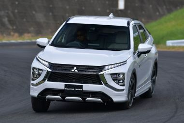 Mitsubishi обновила Eclipse Cross и представила подключаемый гибрид