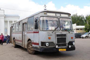 Небольшой город на Волге пытается продать последние старые ЛиАЗы