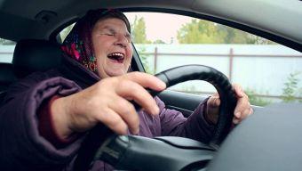 Пятерку водителям поставили лишь 5% опрошенных.