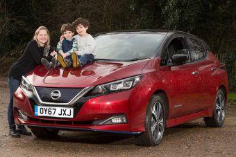 Исследование: дети все чаще уговаривают родителей покупать электромобили