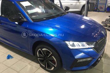Skoda привезла в Россию спортивную 245-сильную Octavia RS. Но зачем?