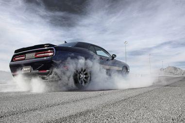 Покупаем новый легковой автомобиль: реестр «бюджетных» «зажигалок»
