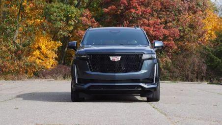 Флагман из США. Первый тест нового Cadillac Escalade