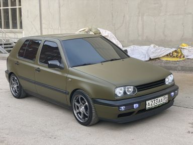 Volkswagen Golf, 1993