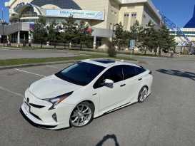 Хабаровск Toyota Prius 2016