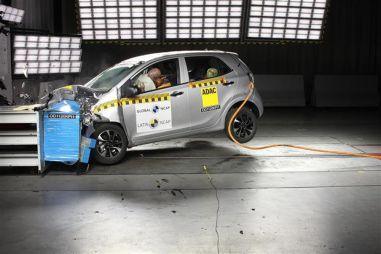 Kia Picanto провалил краш-тест: ноль баллов и ноль звезд (ВИДЕО)