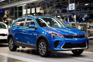 Kia начала производить обновленный Rio X на заводе в Санкт-Петербурге. ФОТО