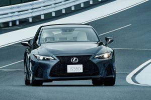 В Японии начали продавать обновленный Lexus IS