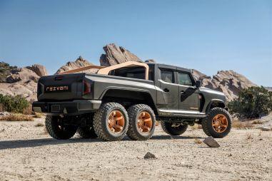 Rezvani представила экстремальный шестиколесный пикап Tank