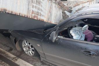 Появилось видео обрушения балки над автотрассой в Москве
