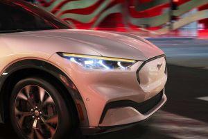Ford работает над новым кроссовером на базе электрического Мустанга