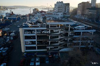 Импорт «японок» под угрозой: порт во Владивостоке переполнен машинами, на которые не могут получить ЭПТС