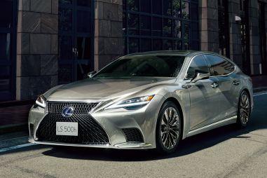 В Японии запущены продажи рестайлингового Lexus LS