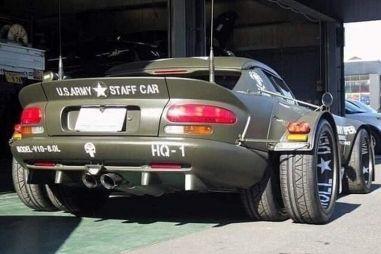 Хочу быть как Газель: на Dodge Viper из Японии установили четыре колеса на заднюю ось