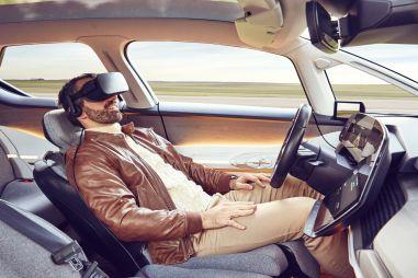 Исследование: системы помощи делают водителей менее внимательными