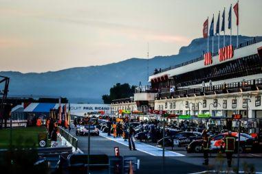 1000 км по французскому триколору. GT World Challenge закрыл сезон