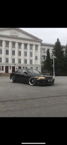 Нефтеюганск Crown Majesta 1992