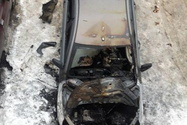 Владелец сгоревшей Лады Весты отсудил у официального дилера 1,1 млн рублей