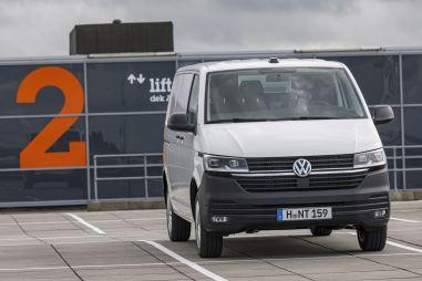 Следующий Volkswagen Transporter будет слегка переделанным Фордом