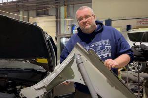 У новой Lada Niva нашли не покрытые антикором участки кузова и канализационную трубу (ВИДЕО)