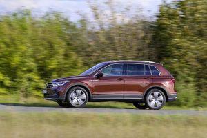 Обновленный Volkswagen Tiguan пополнился в России двумя спецверсиями