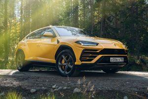 Lamborghini сняла новый рекламный ролик с Урусом, в котором он ездит по России