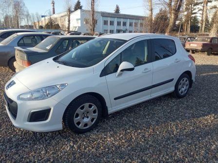 Peugeot 308 2012 - отзыв владельца