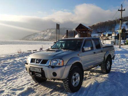 Nissan NP300 2012 - отзыв владельца