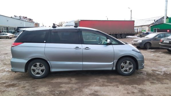 Toyota Estima 2006 - отзыв владельца