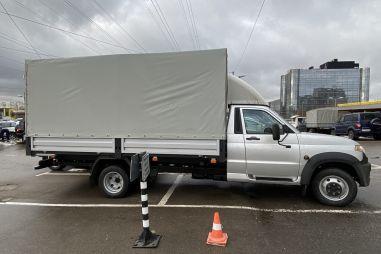 «Тяжелый» двускатный УАЗ Профи: цены и технические подробности