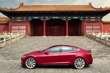 У Tesla будут модели с дизайном специально под китайцев