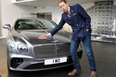 Рисовать новые Geely будет бывший шеф-дизайнер Bentley