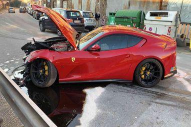 Автомойщик разбил Ferrari футболиста за €300 тысяч (ФОТО)