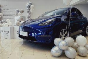 В Китае начались продажи Tesla Model Y местного производства