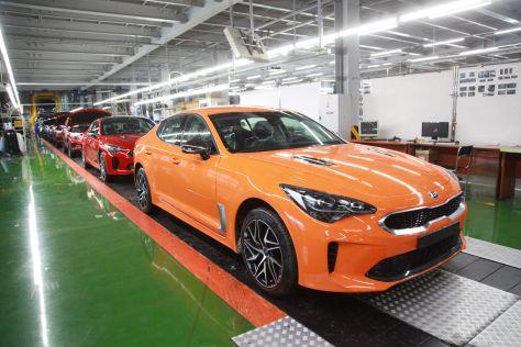 В России начали производить обновленный Kia Stinger