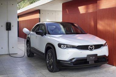 В Японии начались продажи электрической Mazda MX-30