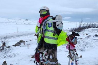 Снежный плен! Перекрытая дорога МЧС «Мурманск-Териберка»
