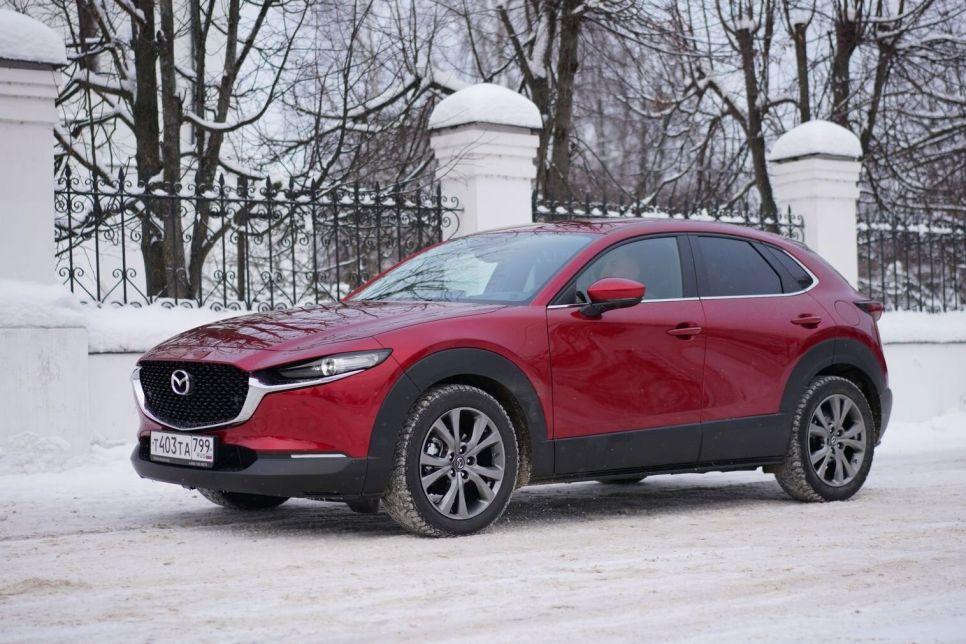 Первый тест Mazda CX-30. Конкуренты, подвиньтесь