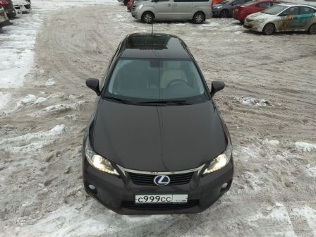 Lexus CT200h 2011 - отзыв владельца
