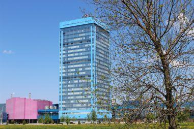 Возле штаб-квартиры АвтоВАЗа запретили парковать автомобили «чужих» брендов