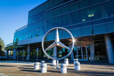 Концерн Daimler AG разделят надвое и переименуют в Mercedes-Benz