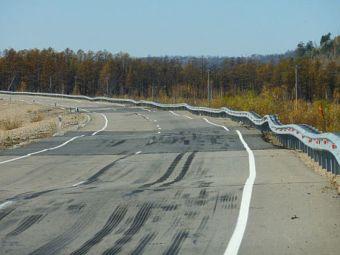 Стало известно, сколько километров дорог построят и отремонтируют в текущем году