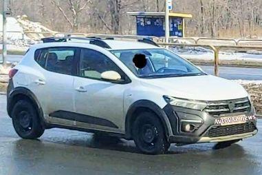 На дорогах Тольятти сфотографировали новый Renault Sandero