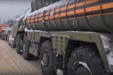 Ракетный комплекс С-400 попал в массовую аварию в Подмосковье (ВИДЕО)