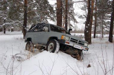Народное ретро. Toyota Hilux Surf LN61 1988 года. Из рабочих — в «спортсмены»