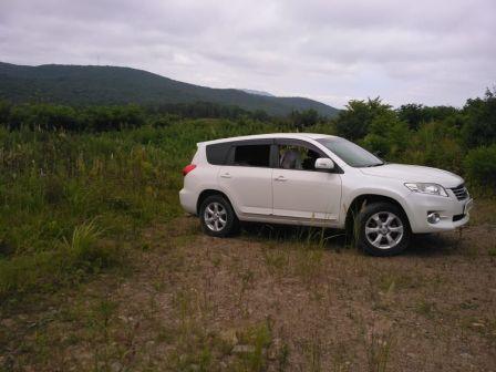 Toyota Vanguard 2010 - отзыв владельца