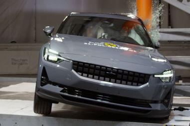 Euro NCAP провела первые краш-тесты в 2021 году. Там есть и Renault Arkana