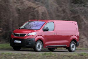 Peugeot Expert и Citroen Jumpy в России теперь доступны и с «автоматом»